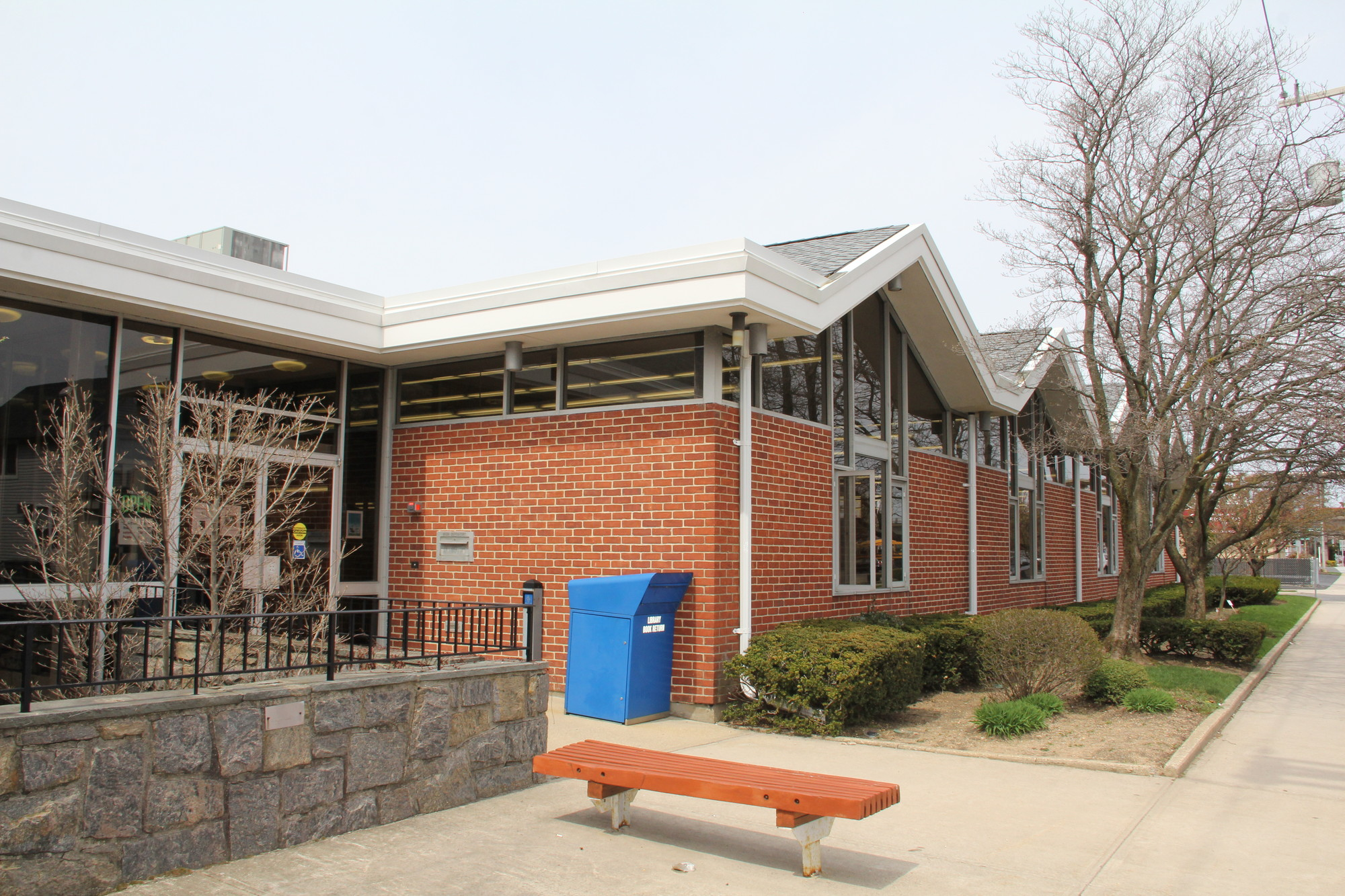 Voters in the districts served by the Bellmore Memorial Library, above, and the North Bellmore Public Library approved of their respective 2014-15 spending plans.