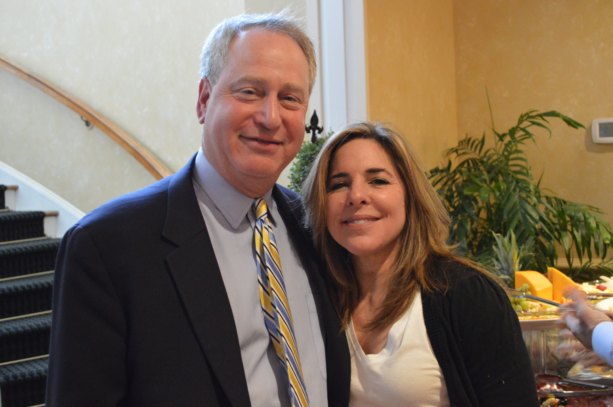 The fundraiser drew 290 people to The Woodmere Club, including Lawrence Woodmere Academy's Headmaster, Alan Bernstein and his wife, Melissa.