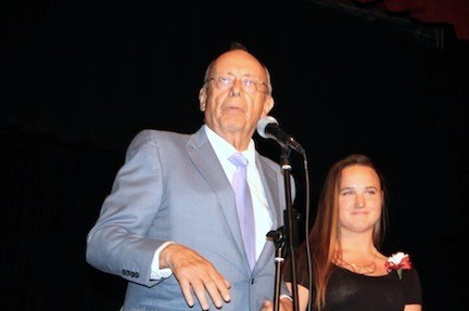 Former U.S. Sen. Al D�Amato presented the Larry Elovich Memorial Award to Long Beach High School senior Jayne Hommel.