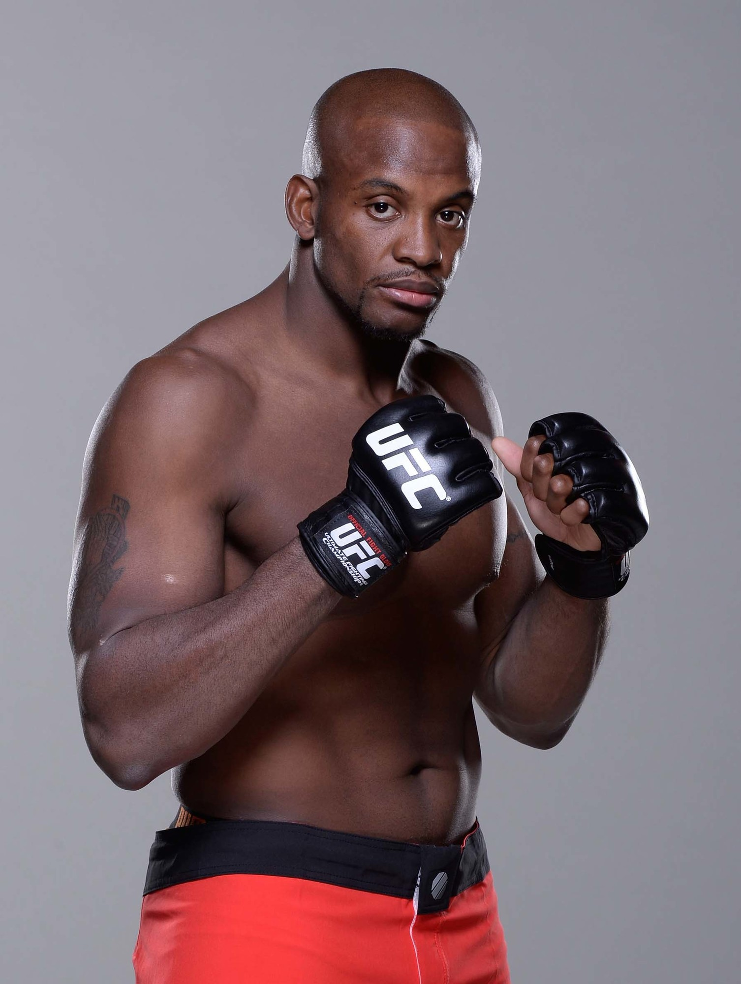 Freeport's Eddie Gordon won The Ultimate Fighter reality show with a knockout of Dhiego Lima on July 6 in Las Vegas.