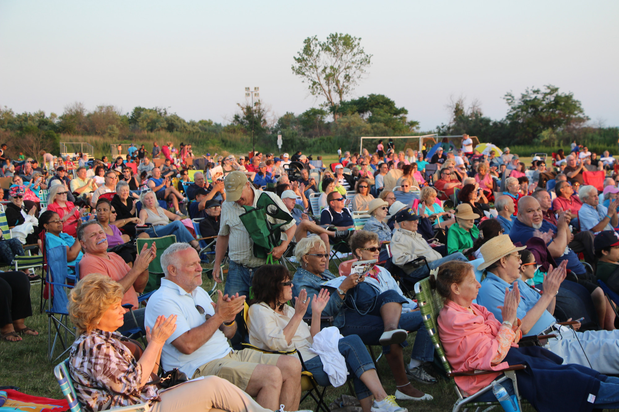 Baldwin Park was packed with people last Saturday, who enjoyed the Johnny Cash Tribute Band 'Walking the Line' during Baldwin Day 2014.