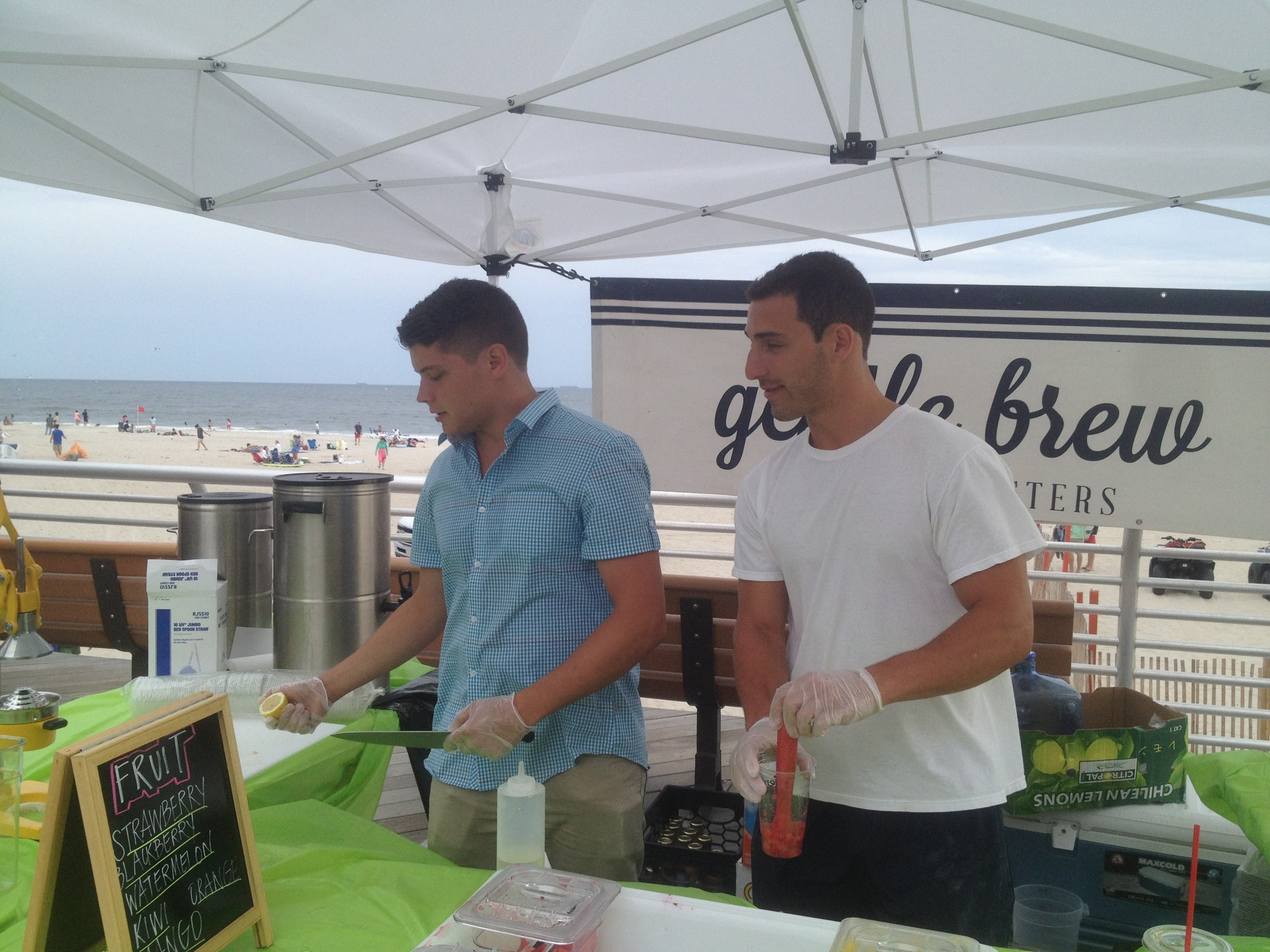 Gentle Brew's Michael Leeds, left, and Devin Pullman made fresh lemonade and other refreshments last Saturday.