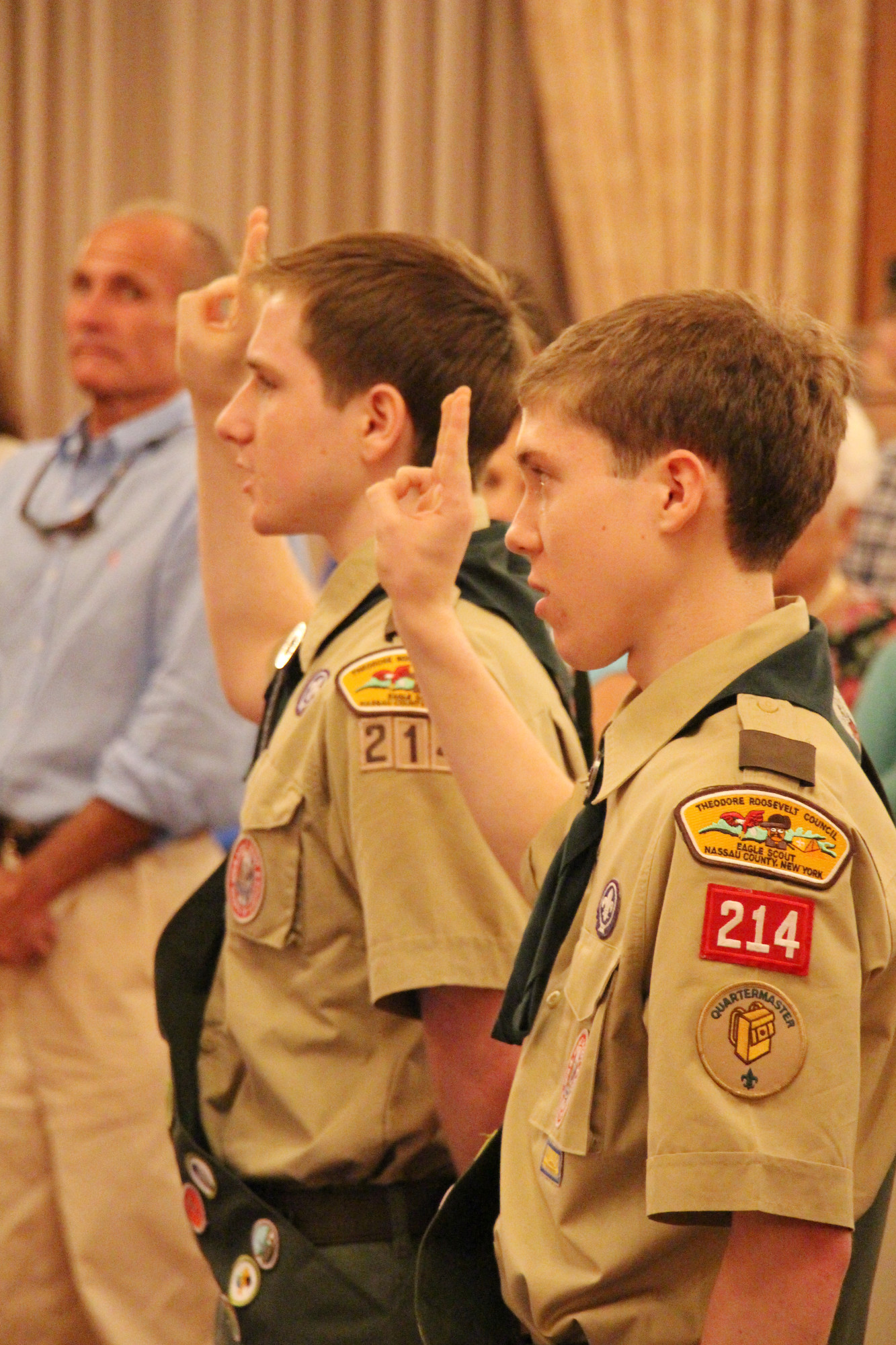 Robert Edward Hitscherich and David Joseph Santarelli took the Scout Pledge.
