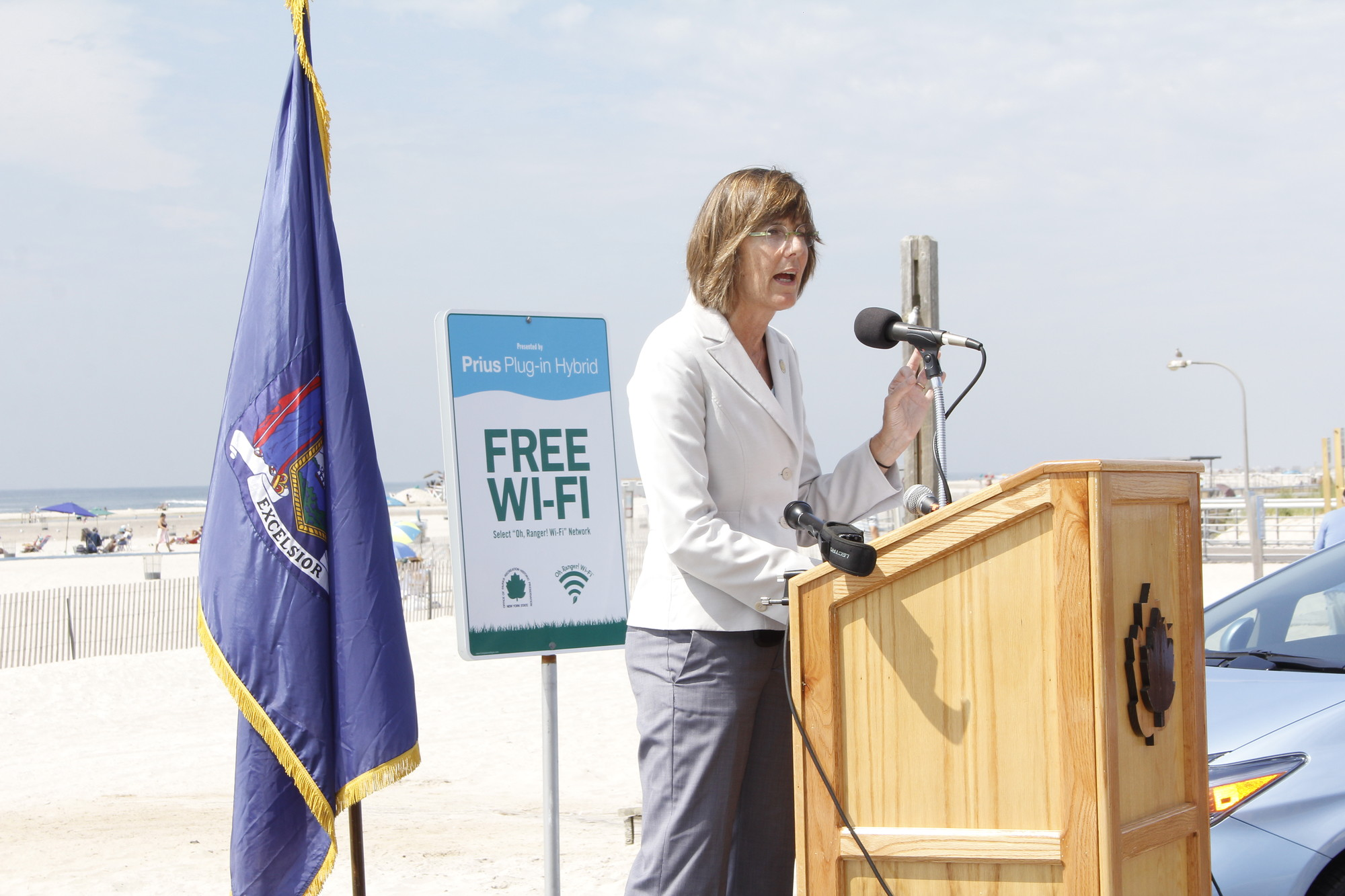 Commissioner Rose Harvey spoke about the new, free Wi-Fi that is currently available at Jones Beach from Field 6 to the West Bathhouse, and will be expanding further down the beach in the future.