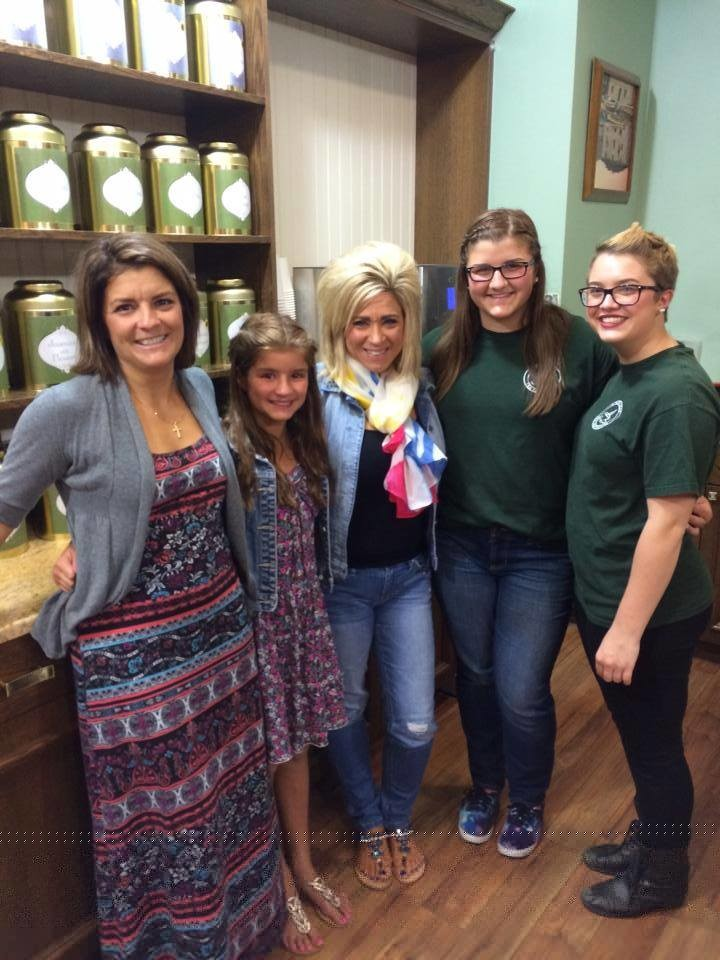 "Kimberly Orlic, far left, with her three daughters and ""Long Island Medium"" star Theresa Caputo, center, after the filming of the show's season premiere last August. The show aired on Sunday on TLC."