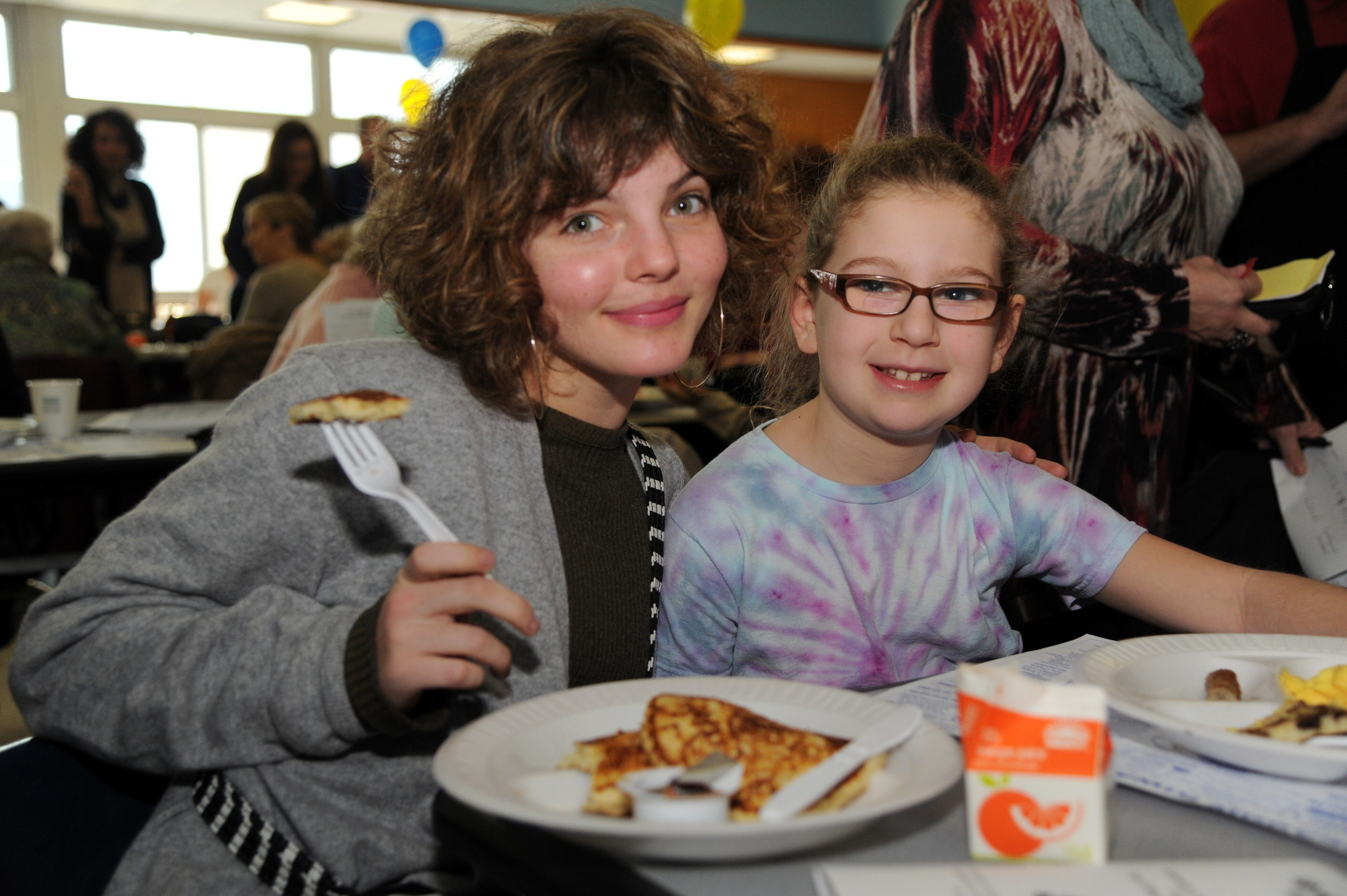 "Camren Bicondova, 15, who plays the young Selina Kyle, or Catwoman, on the Fox television show ""Gotham,"" met 9-year-old Sydney Follick and many other local residents at the East Meadow Kiwanis Club's pancake breakfast at East Meadow High School on Sunday."