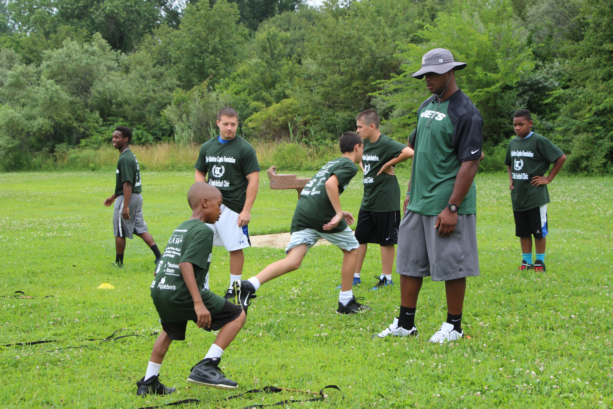 New York Jets defensive end Quinton Coples instructed local youth football players at a clinic on July 15 at Baldwin Park that benefited his foundation, which helps children in need.