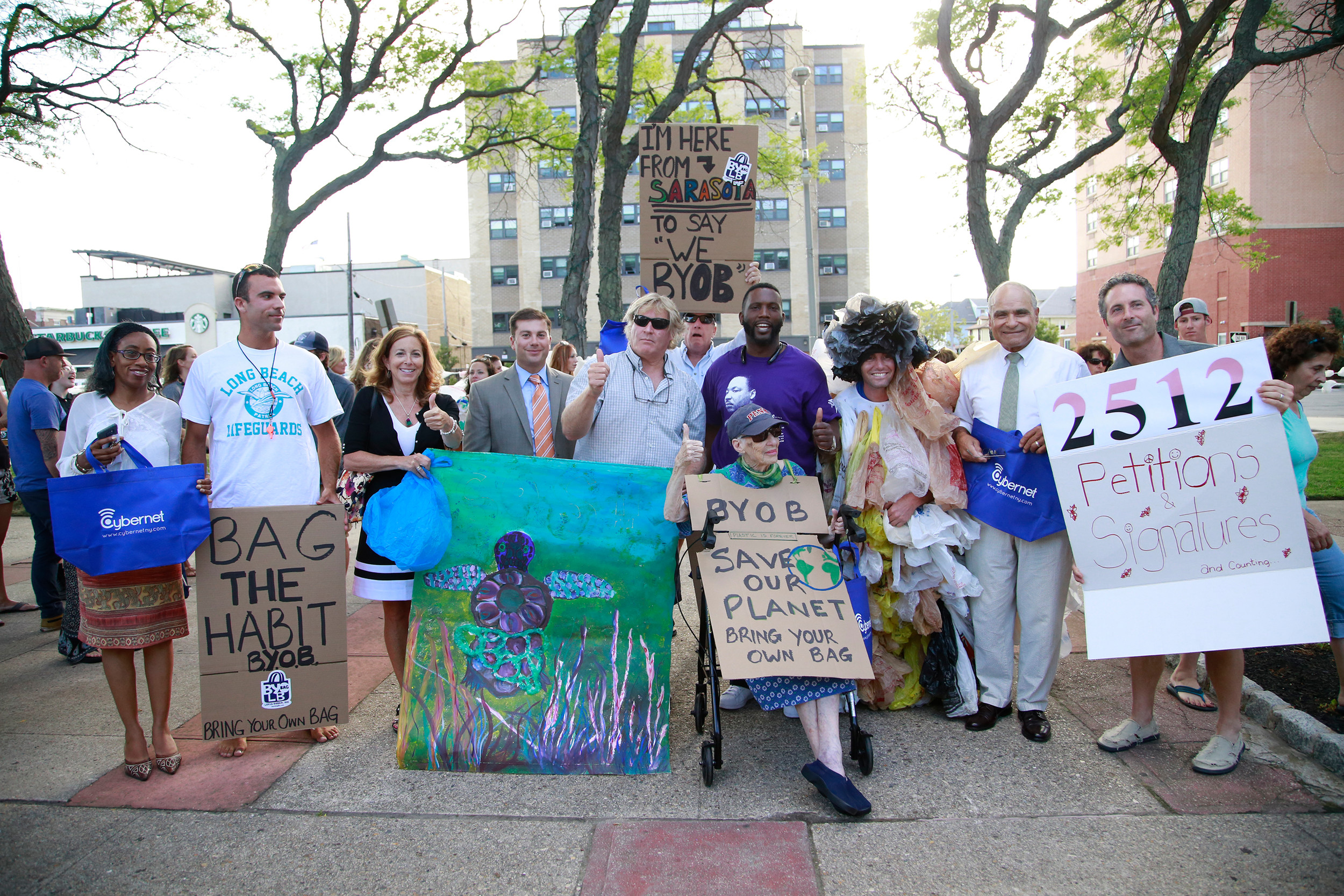 Residents and city officials gathered on July 19 at Kennedy Plaza in support of a ban on plastic bags, that scatter by the thousands into Reynolds Channel and elsewhere.