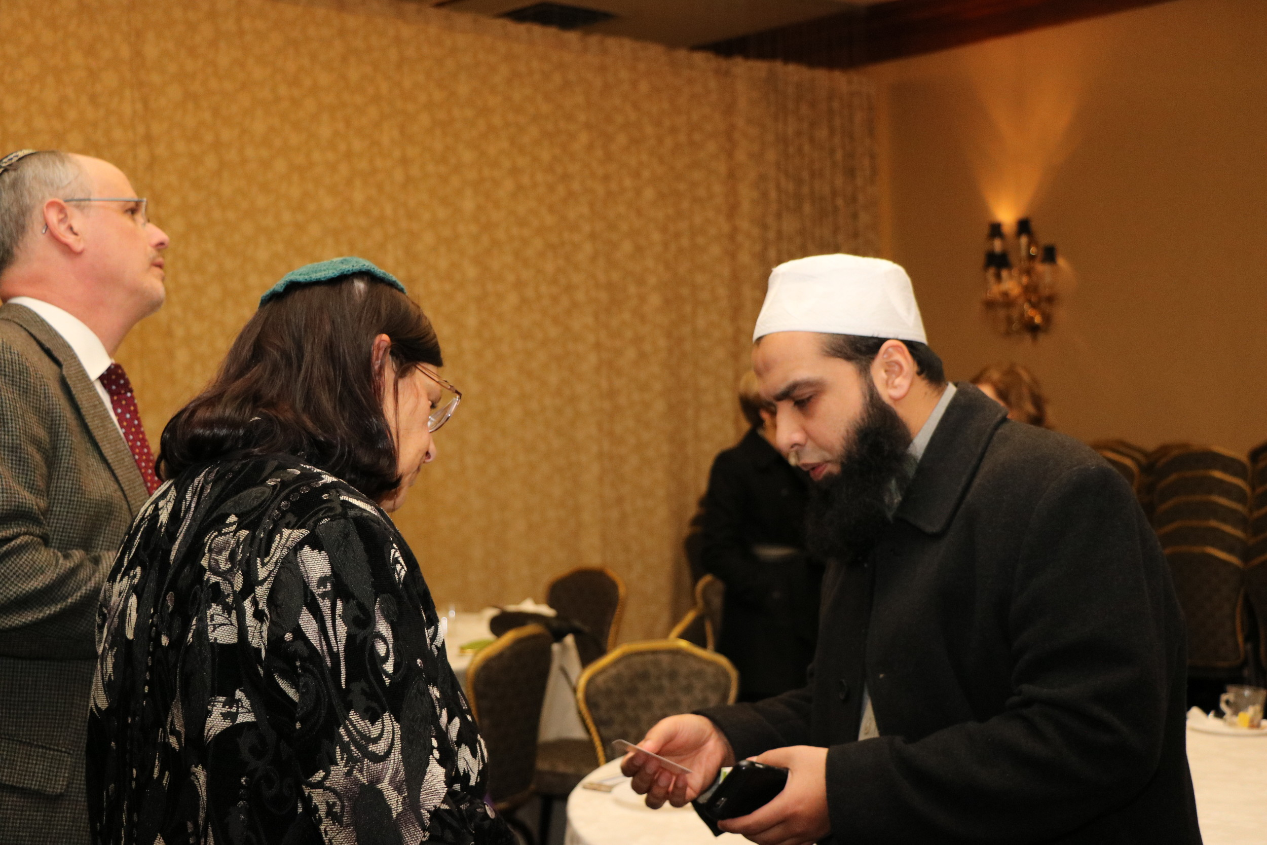 Rabbi Susan Elkodsi of the Malverne Jewish Center with Mufti Dr. Mohammad Farhan, who leads several mosques on Long Island, including the Masjid Hamza Islamic Center of South Shore in Valley Stream.