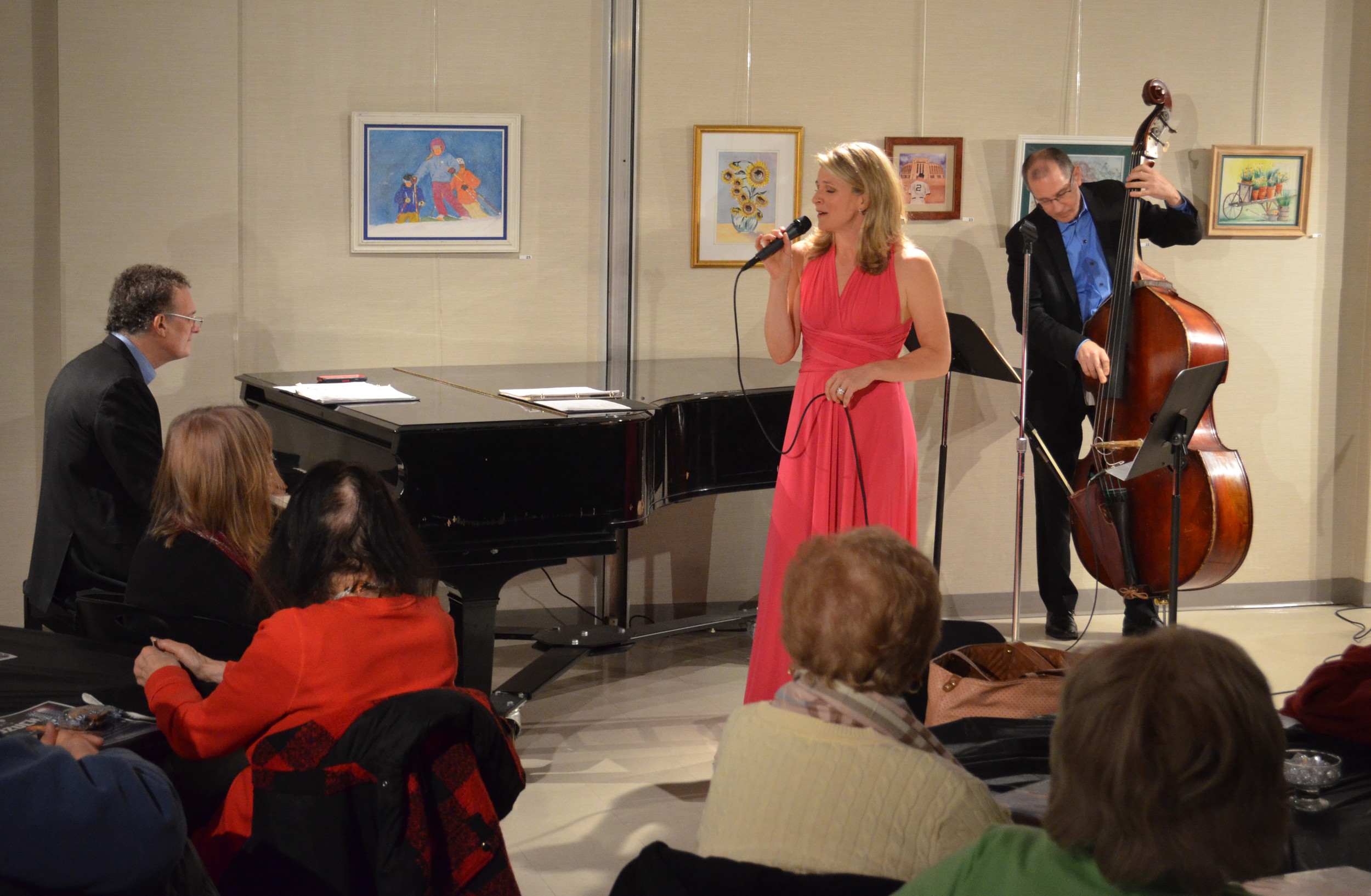 Annie Kozuch was joined by Tom Hubbard, on the bass, and Frank Ponzio, on the piano.