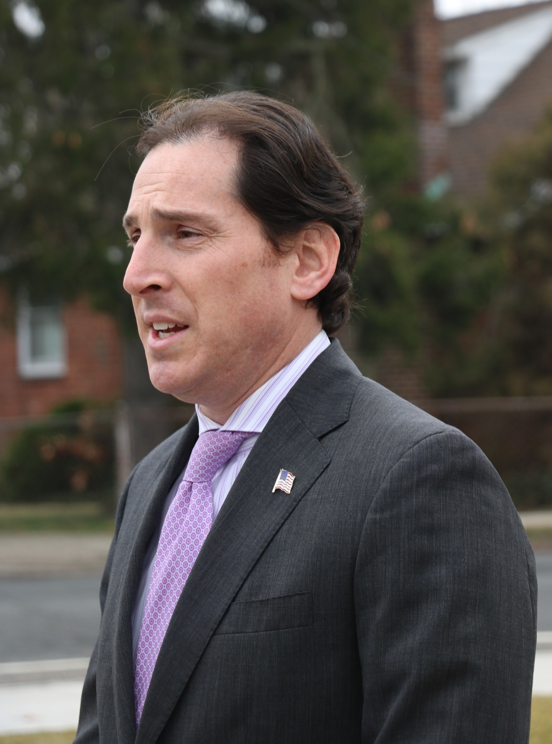 Senator Todd Kaminsky said that no water districts on Long Island filter for 1,4 dioxane, but a test pilot being conducted by the Suffolk County Water District has promise.