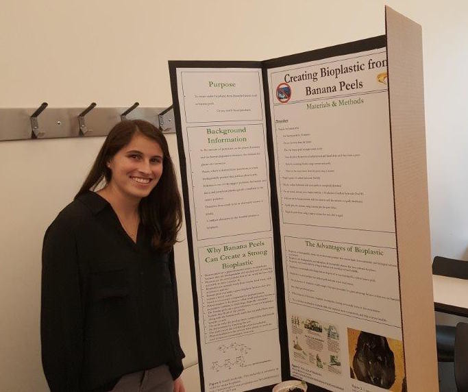 Sophomore Emma Sueiro synthesized plastics from discarded banana peels.