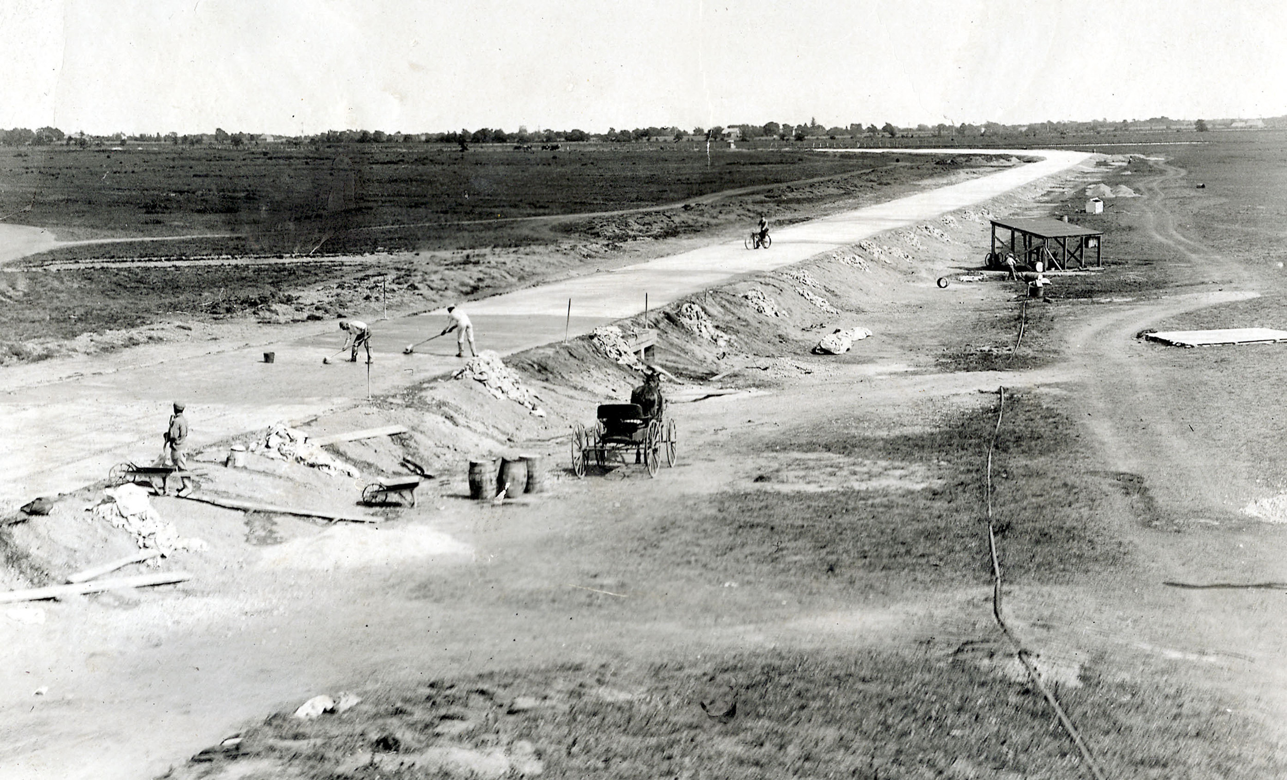 Long Island Motor Parkway construction in what is now Levittown.