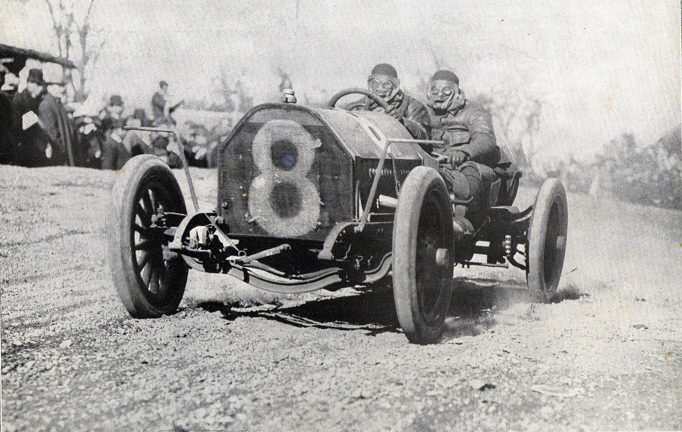A photo of the Alco Black Beast, which participated in the 1909 Vanderbilt Cup Race.