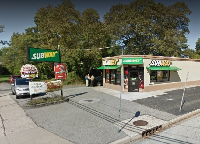 The spree of knifepoint robberies in Nassau and Suffolk Counties continued Saturday night when an attempt was made on the Subway sandwich shop on Jerusalem Avenue in North Merrick.