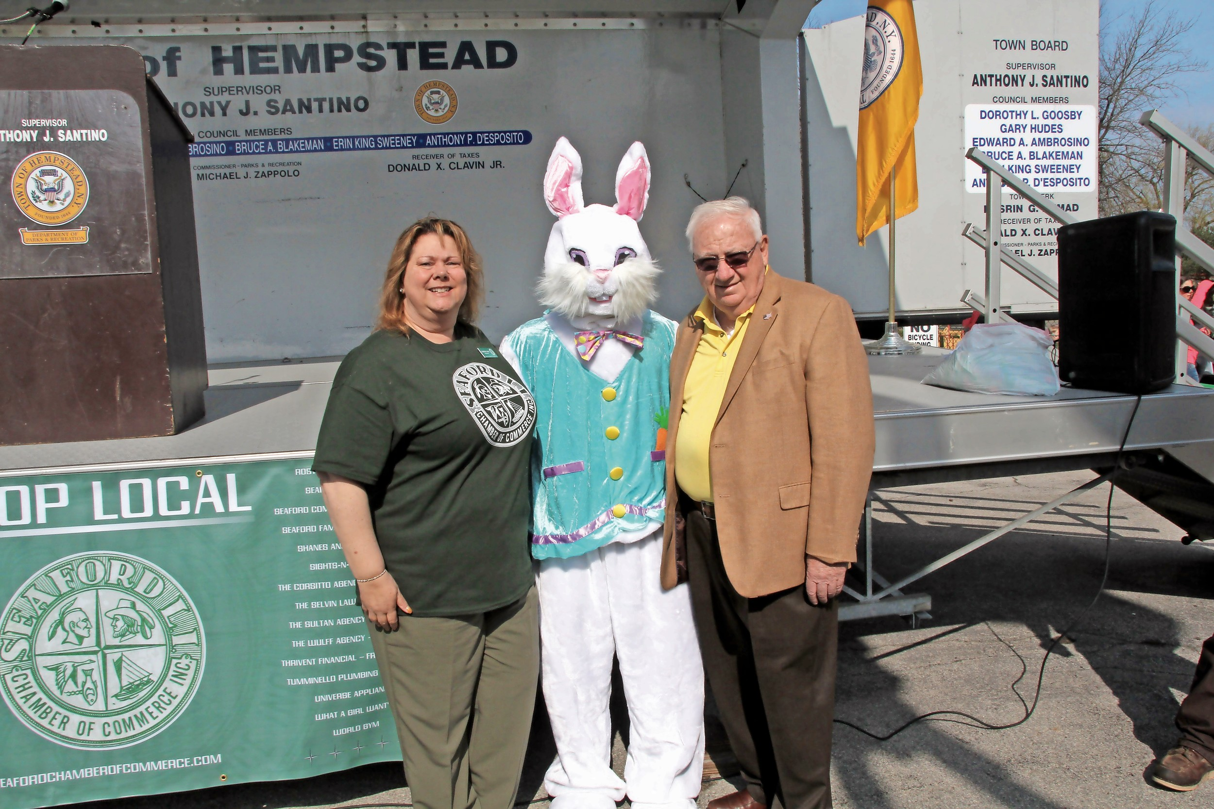 Seaford Chamber of Commerce President Karen Cass and State Sen. John Brooks met Peter Rabbit.