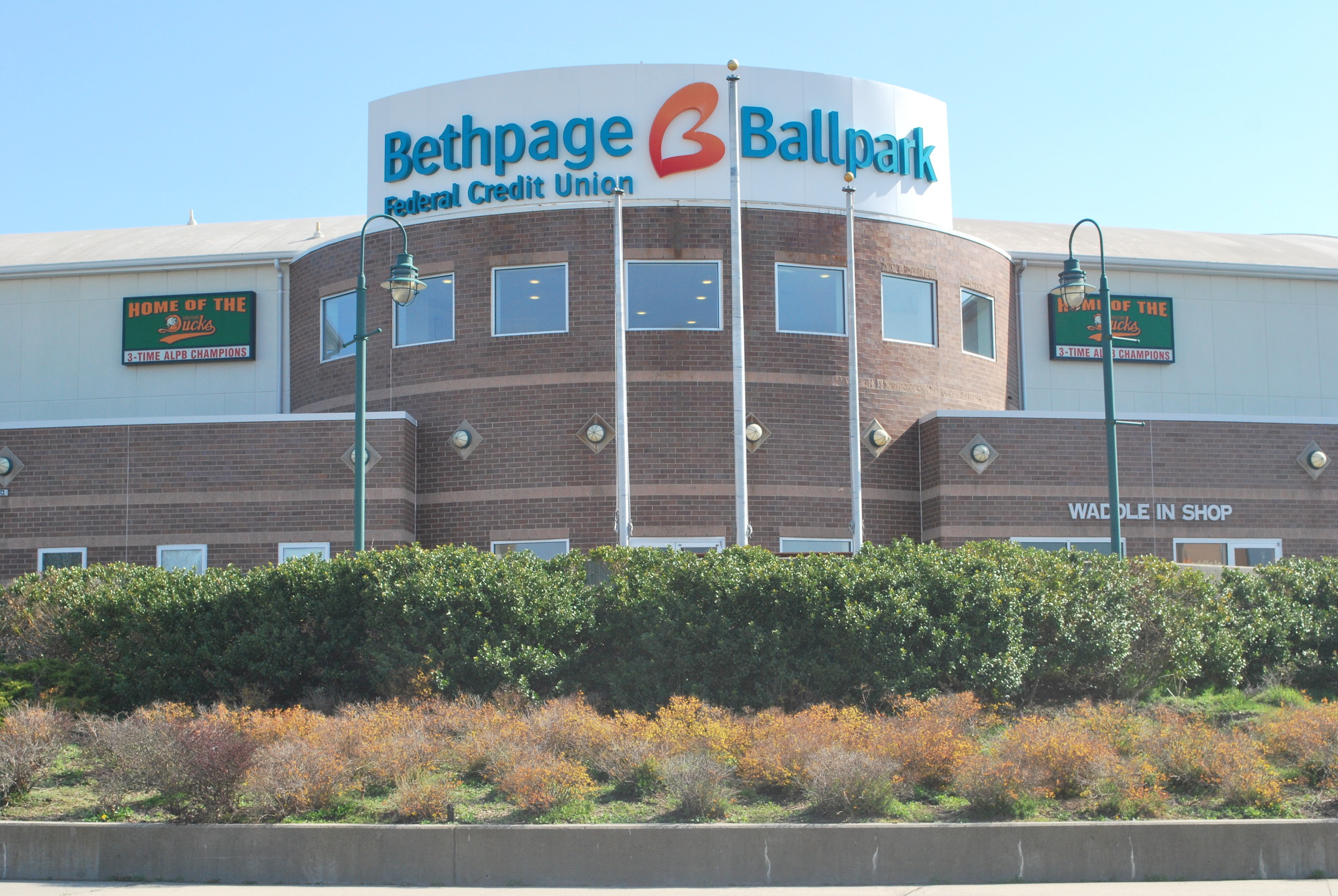The Long Island Ducks will play their homes games in a spruced up Bethpage Ballpark.