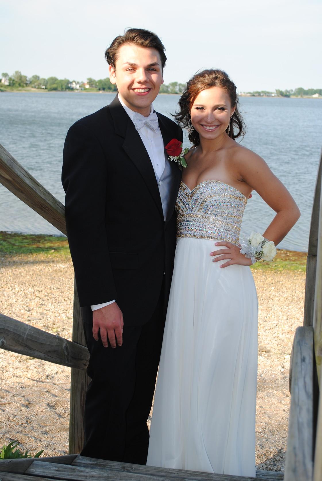 Dorable Girl Prom Tuxedo Images - All Wedding Dresses ...