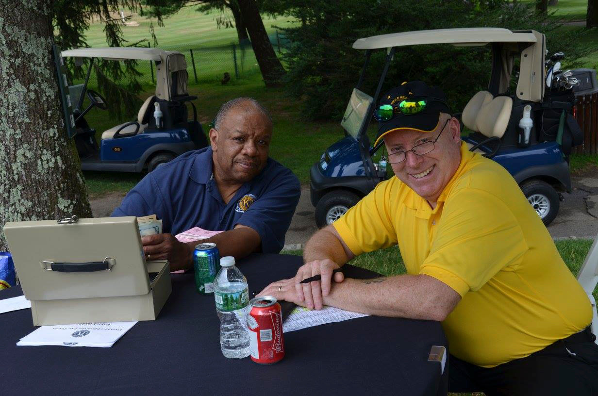 Manning the Beat at the Pro hole at the Marty Mongoni Golf Outing were past Five Towns Kiwanis President Billy Bressant, left, and secretary Sean Lally.
