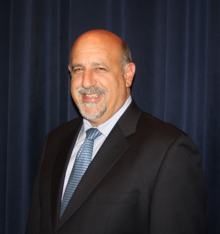 Long Beach Schools Superintendent David Weiss announced his plans to step down from his position and pursue another job on Saturday.
