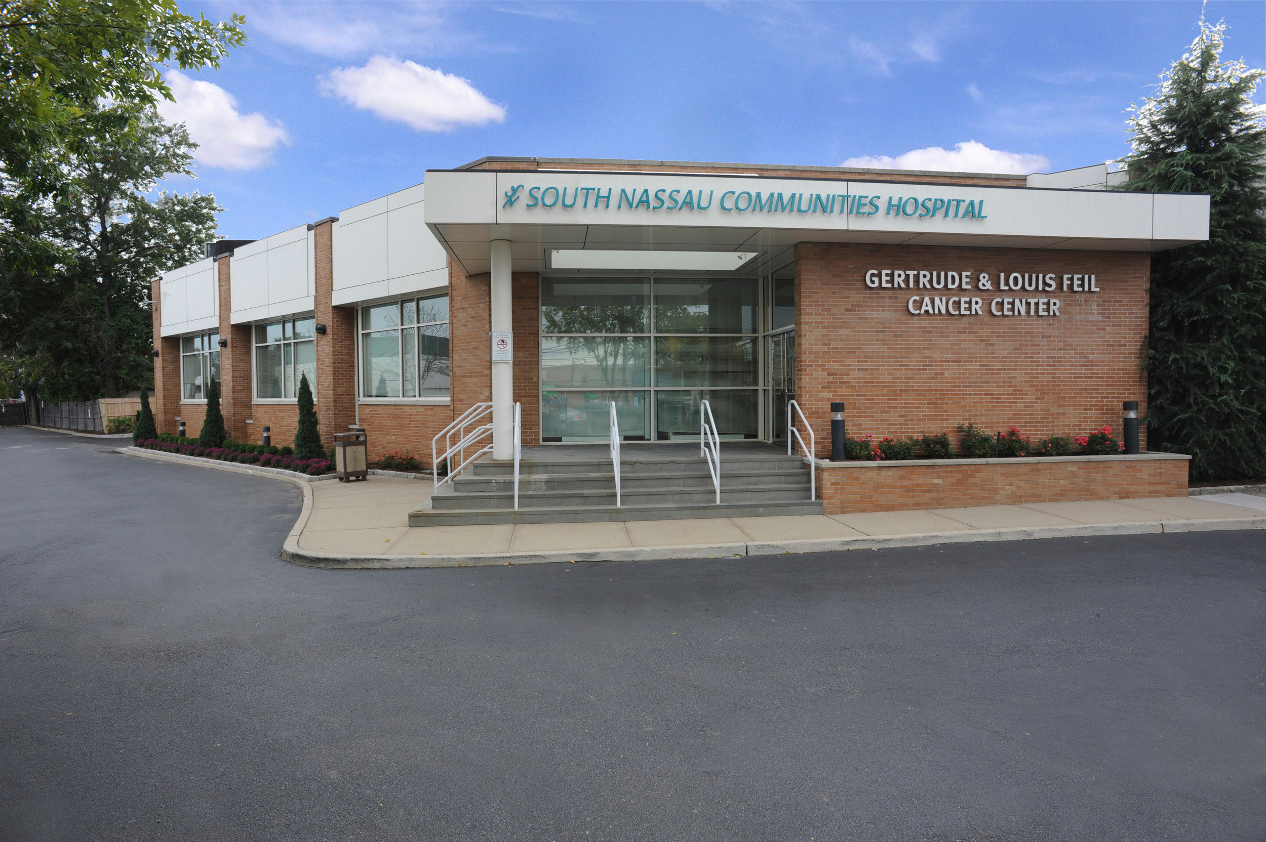 The Feil family donated $3 million to help expand the Gertrude & Louis Feil Cancer Center in Valley Stream.