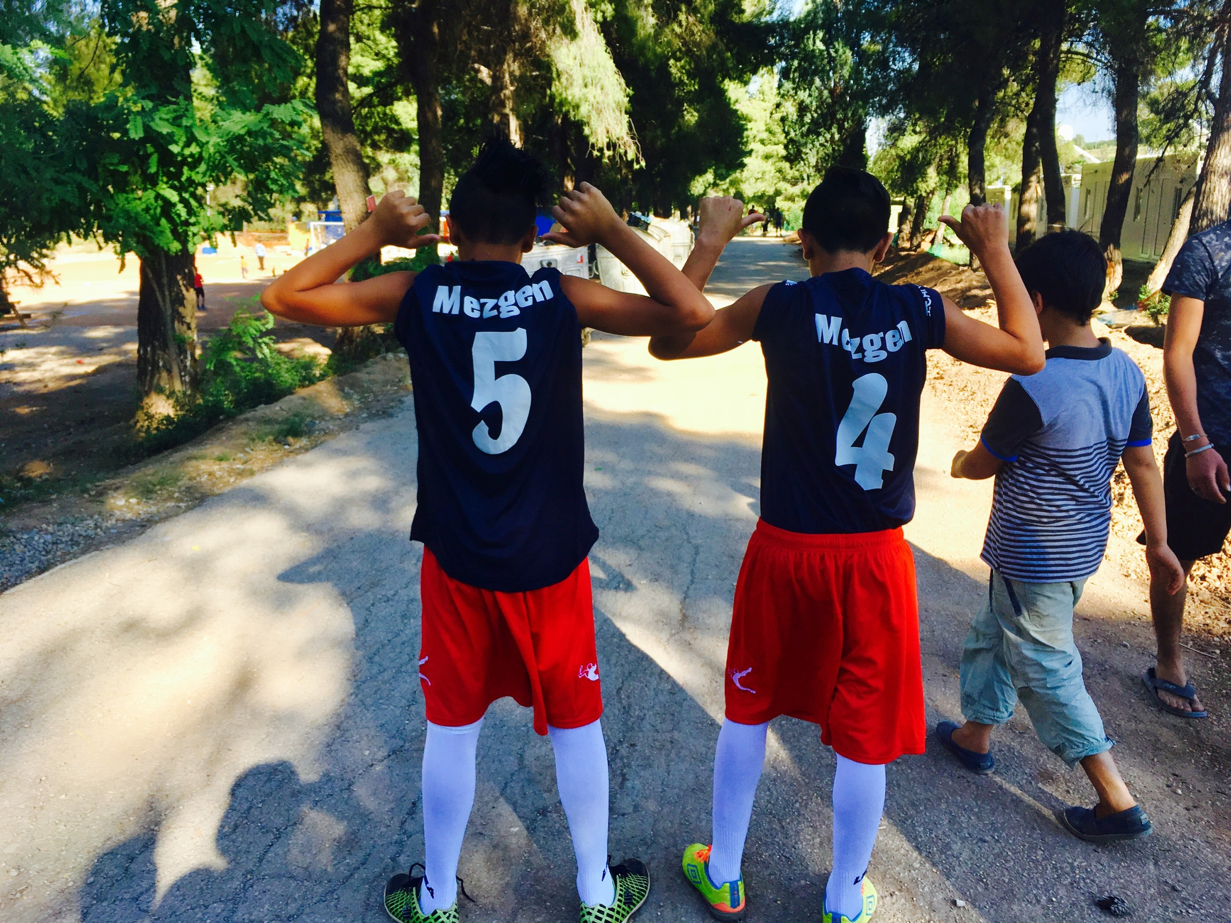 Oceansider brings soccer and music to Syrians in Greek refugee