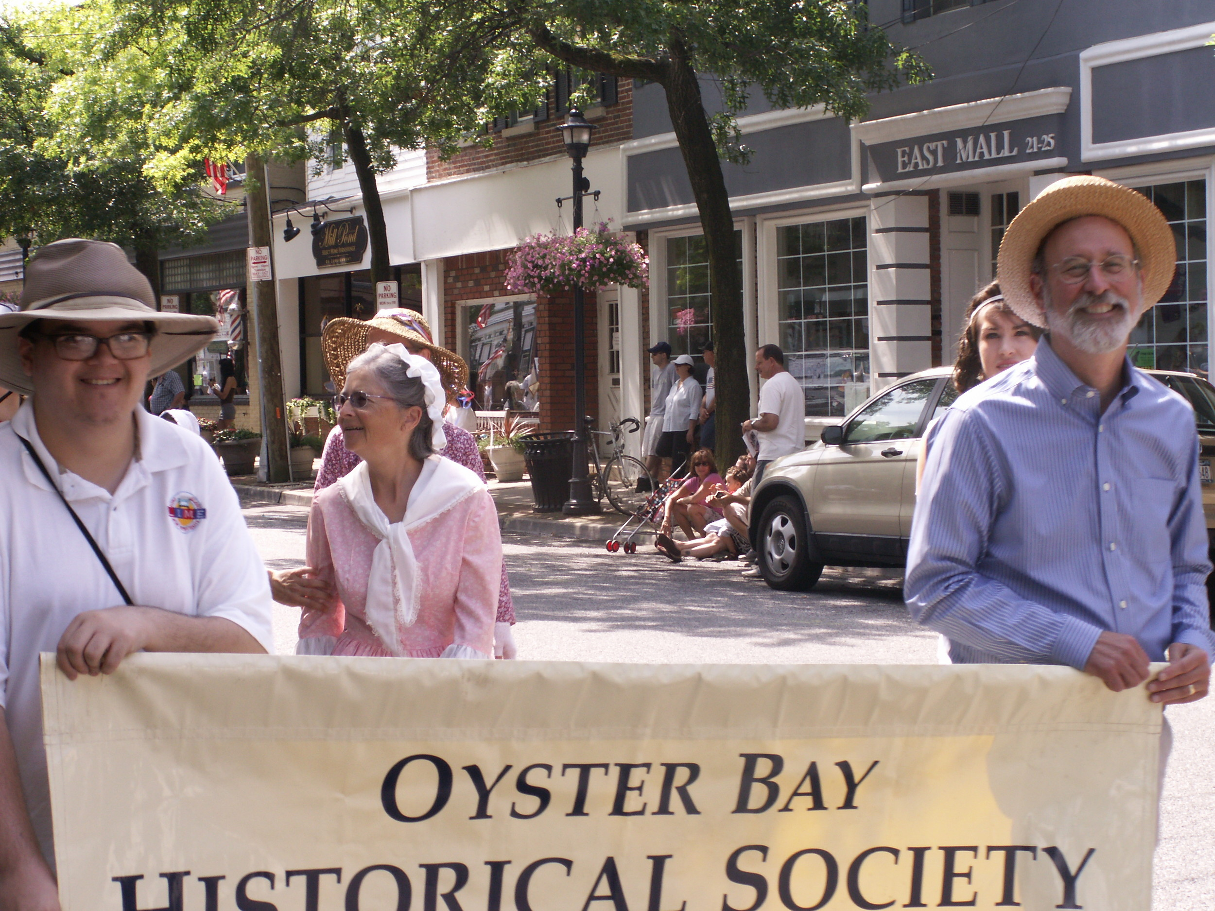 Phillip Blocklyn, director of the Oyster Bay Historical Society, and Nicole Manchise at a society ice cream social. Blocklyn will soon be retiring.