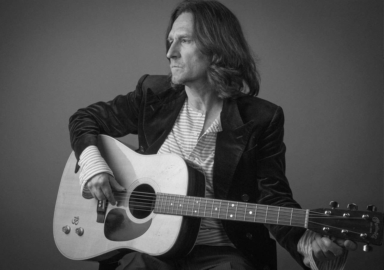 John Waite shares the stage with Ellis Paul at the Madison Theatre, on the Molloy College Campus, on Sept. 17.