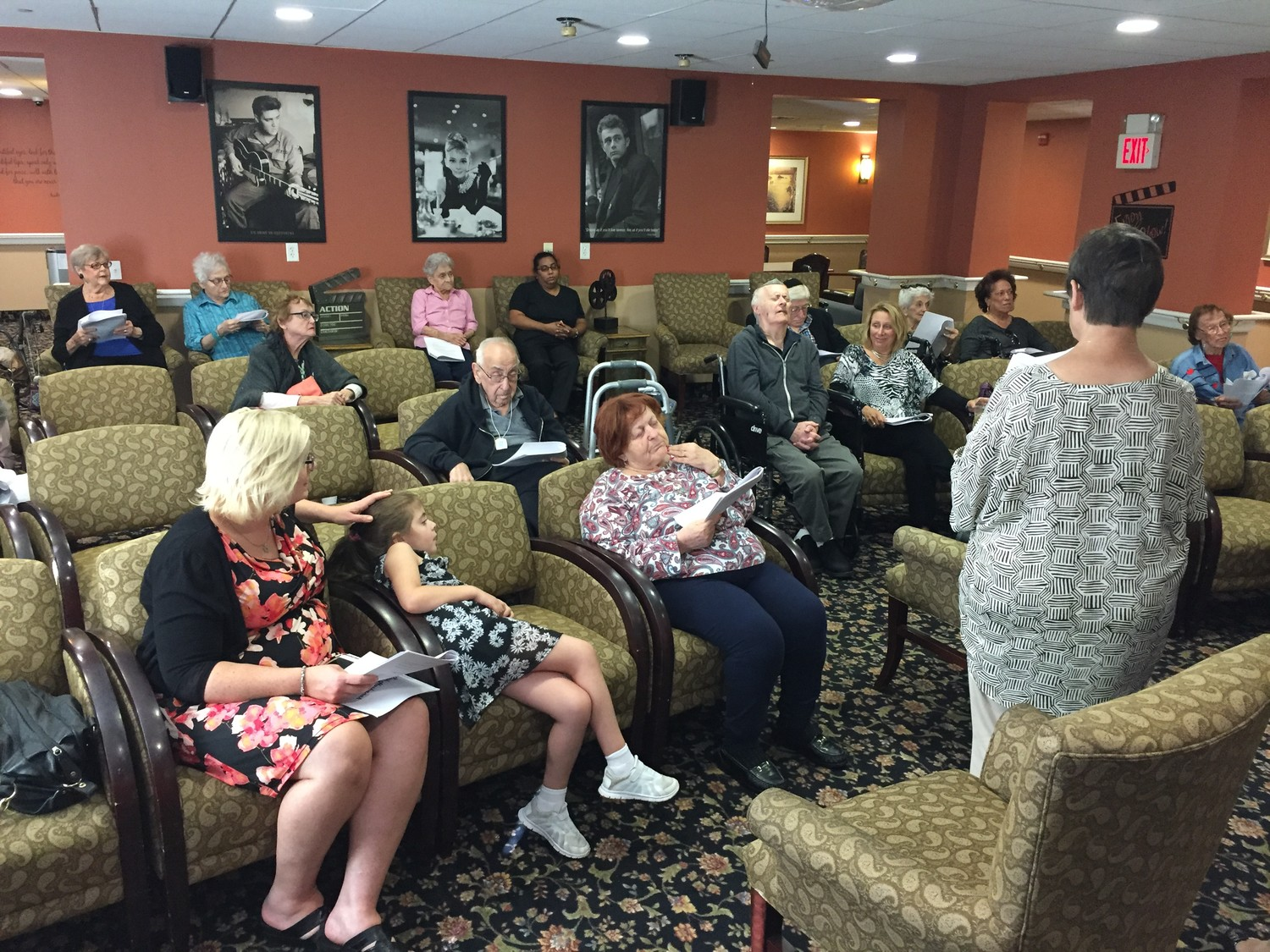 Barbara Prins, right, helped lead a Rosh Hashanah service for residents at Rockville Centre's Maple Pointe Assisted Living center on Sept. 22.