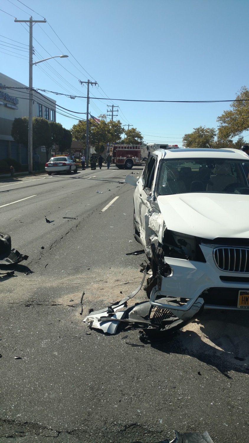 A Mercedes SUV reportedly struck three vehicles the morning of Oct. 3 on Austin Boulevard in Island Park.