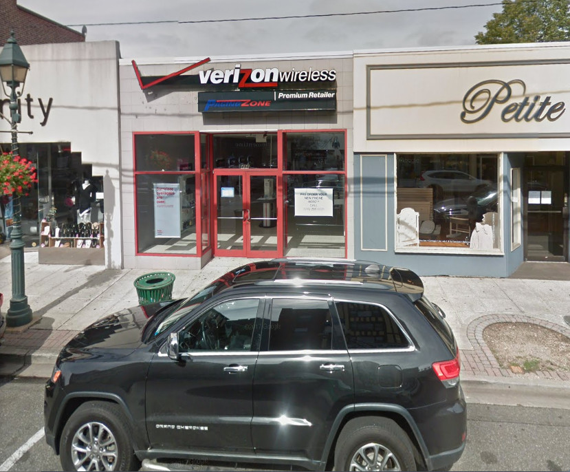 The Verizon store on Central Avenue in Cedarhurst was allegedly robbed by six people on Oct. 3. Five were arrested, police said.
