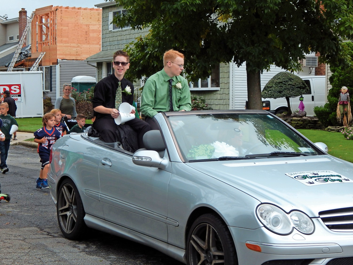Candidates for homecoming King made their way down Washington Ave. in Seaford.