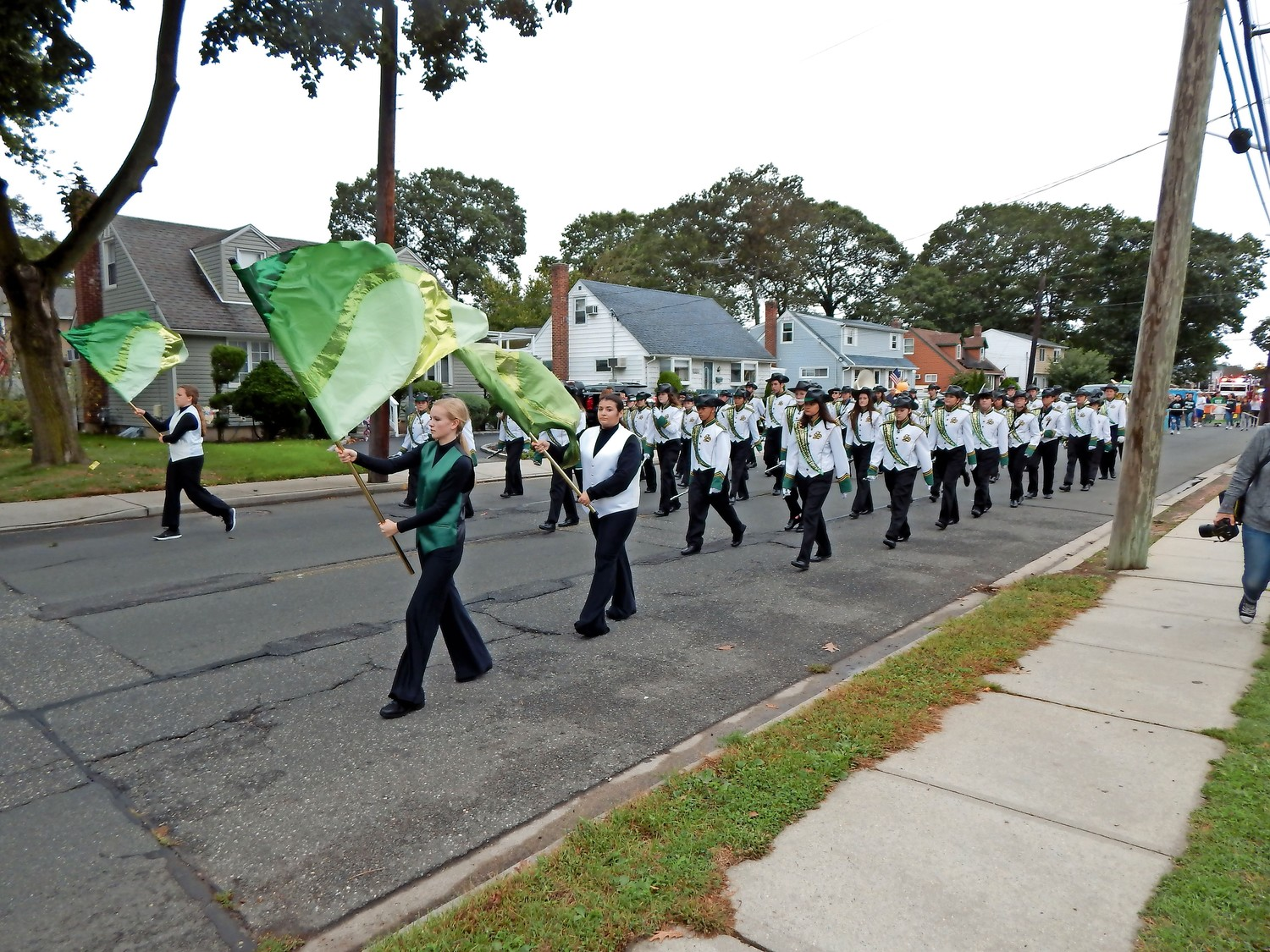 "The Seaford High School Color Guard and Marching Band made an entrance playing ""Hooked on a Feeling"" by The Blue Swede."