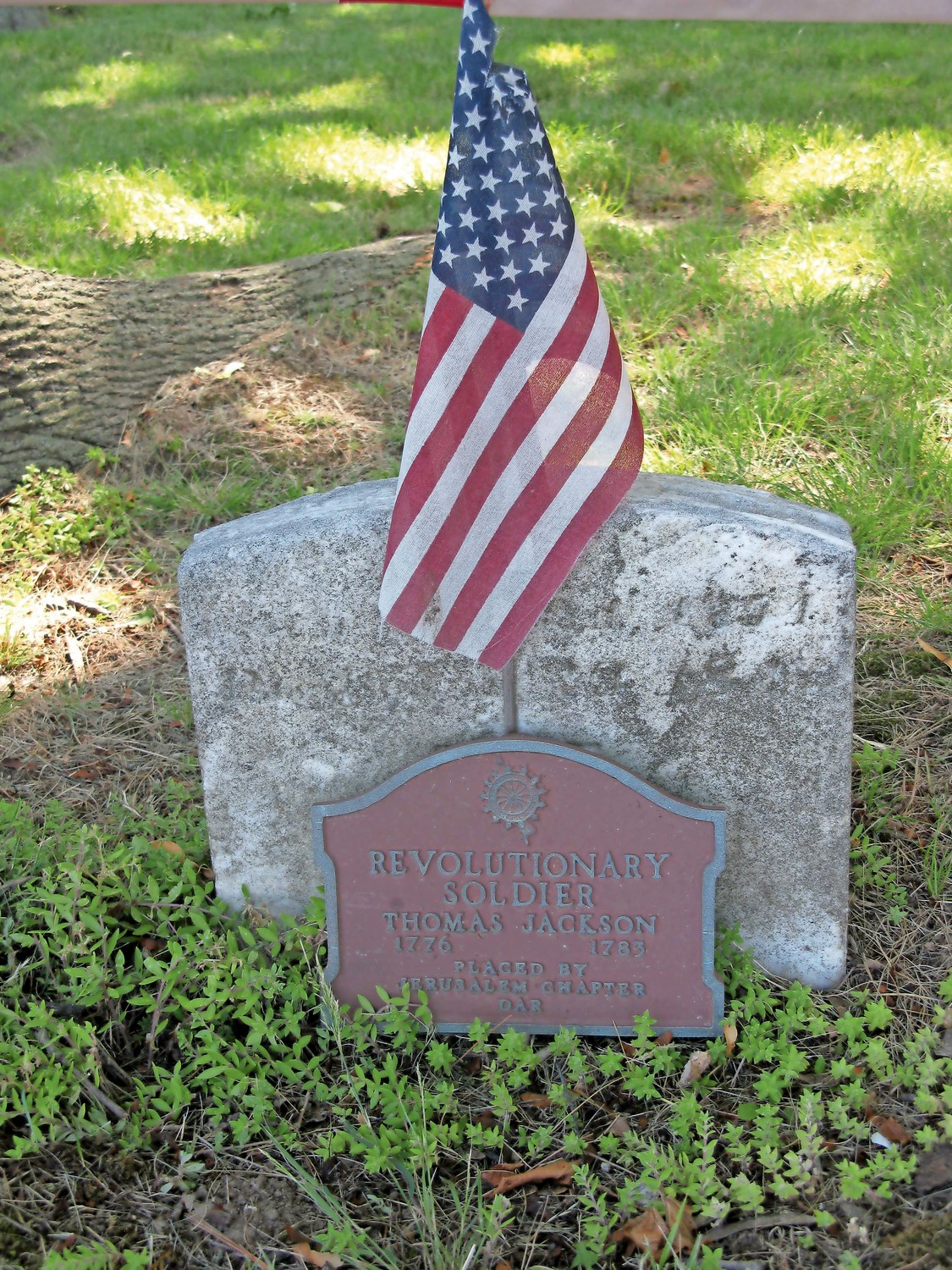 Thomas Jackson, a Revolutionary War soldier, is buried in the Jackson Cemetery.