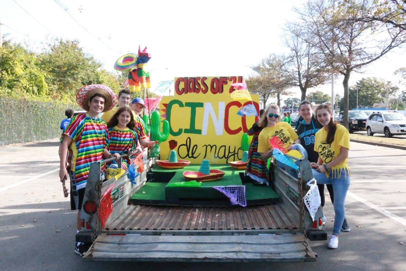 The freshmen, with their float, wore sombreros to celebrate Cinco de Mayo.