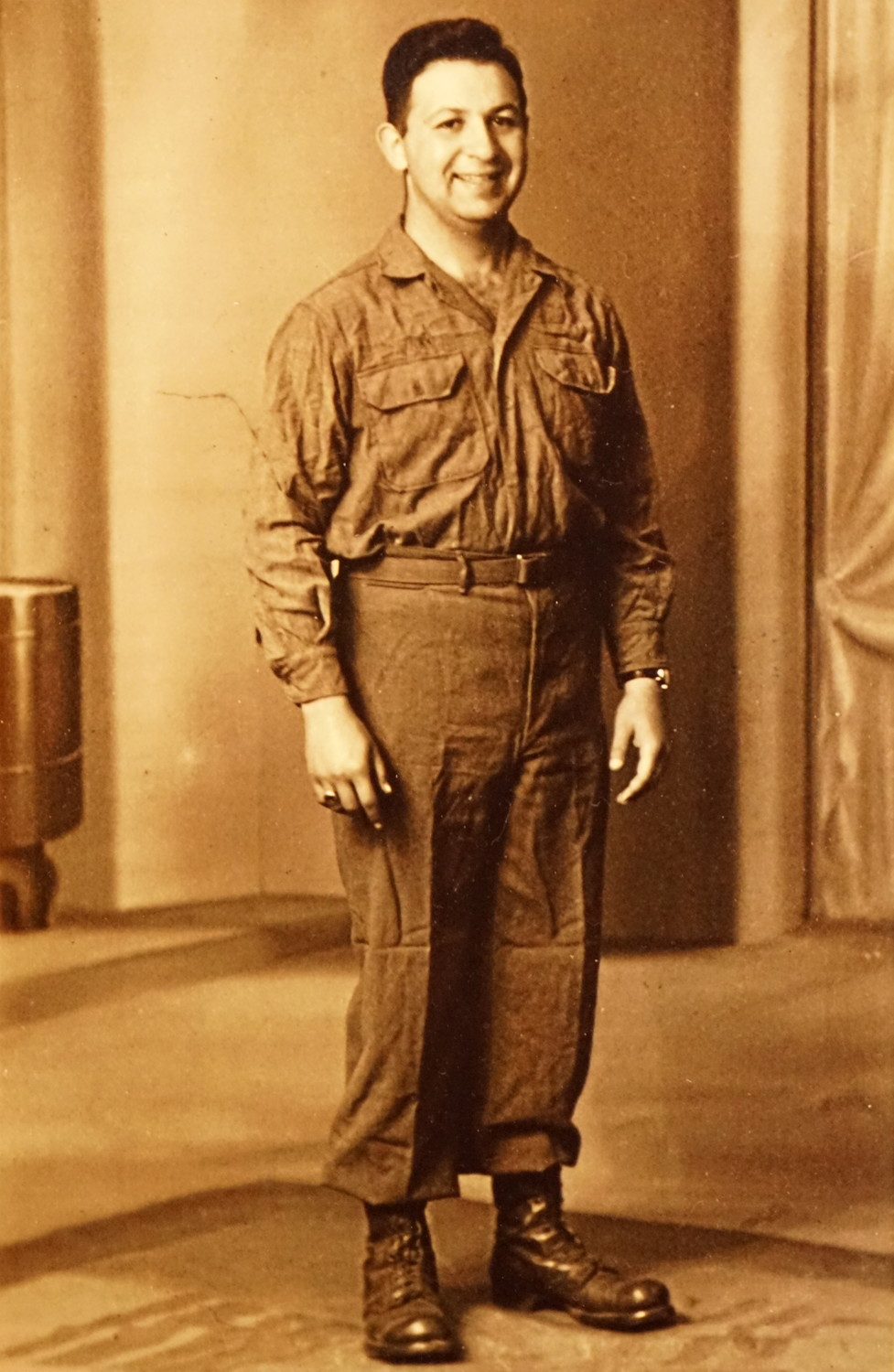 Seitman enlisted in 1942 and joined the Army Signal Corps.