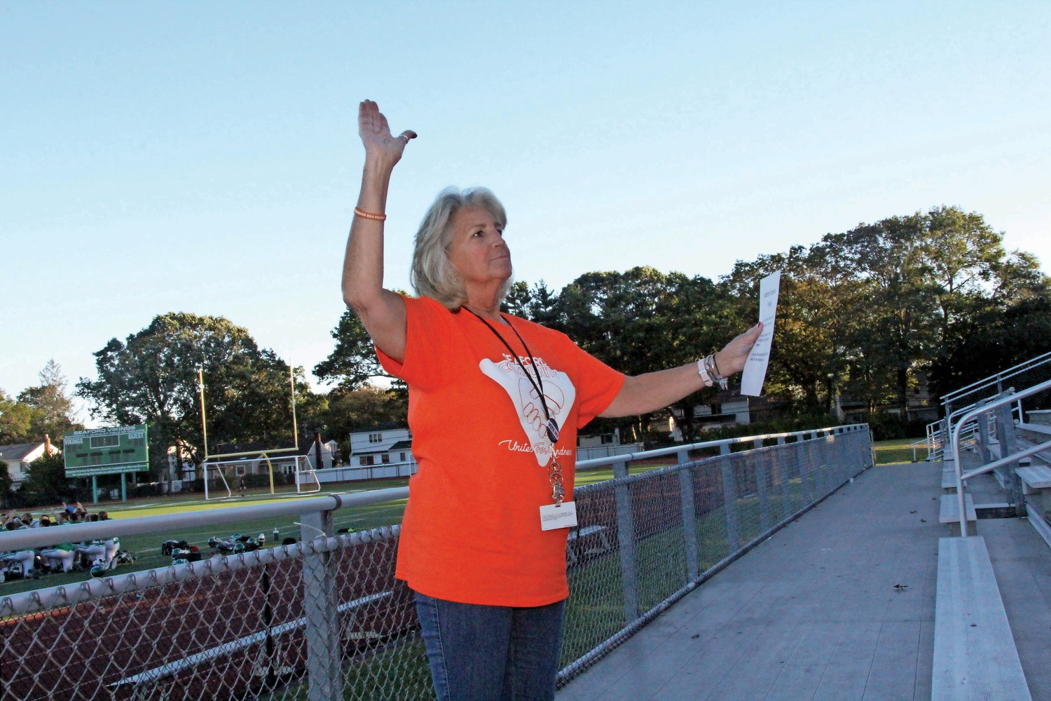 Seaford Middle School Social Worker Nancy Fitzgerald led the kindness pledge to all attendees.