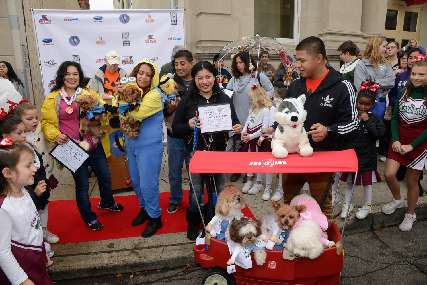 Glen Cove's 2017 pet parade winners' creative costumes included matching minions and doggie doctors.