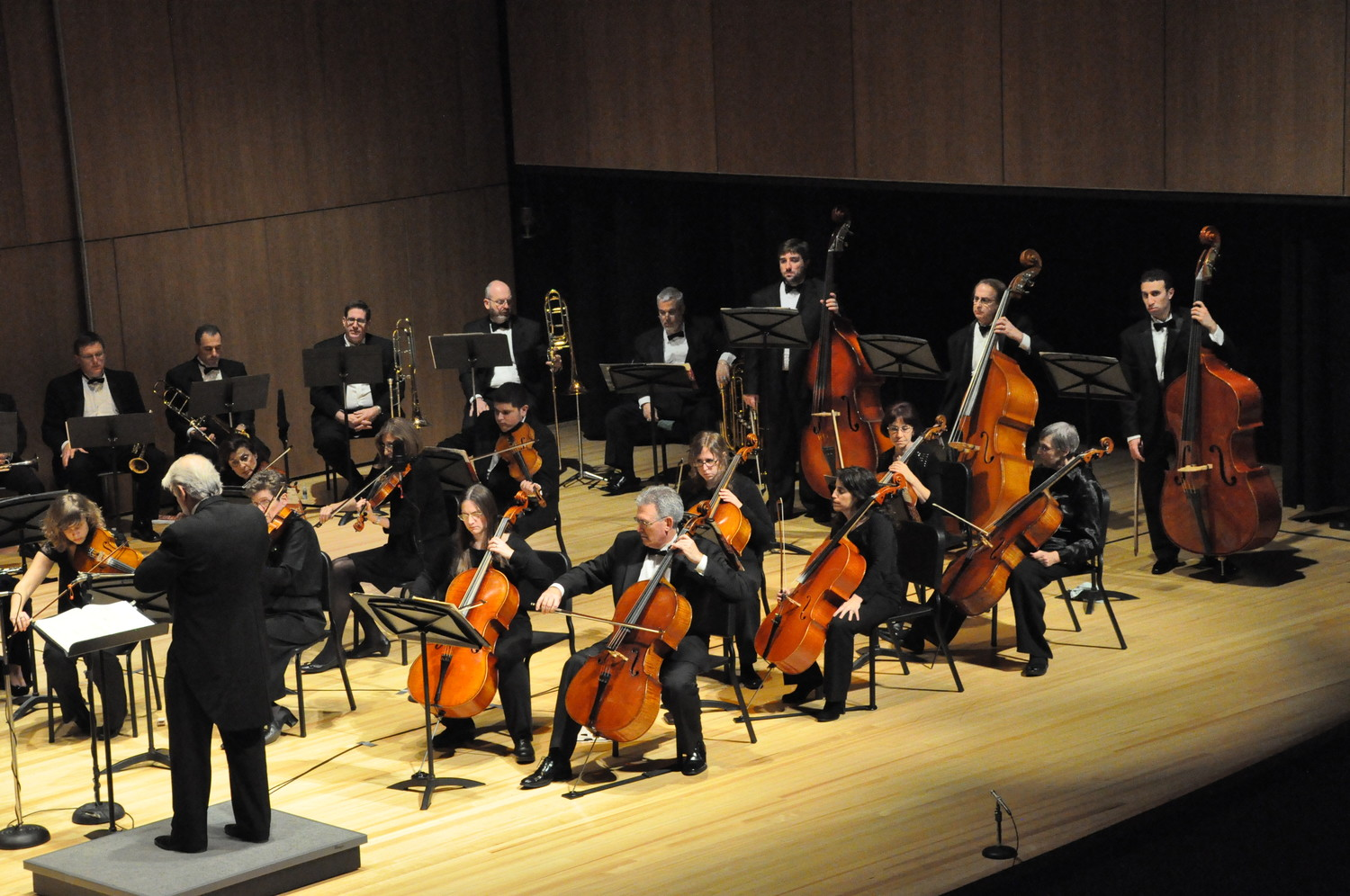 The South Shore Symphony appears at the Madison Theatre on Nov. 18.