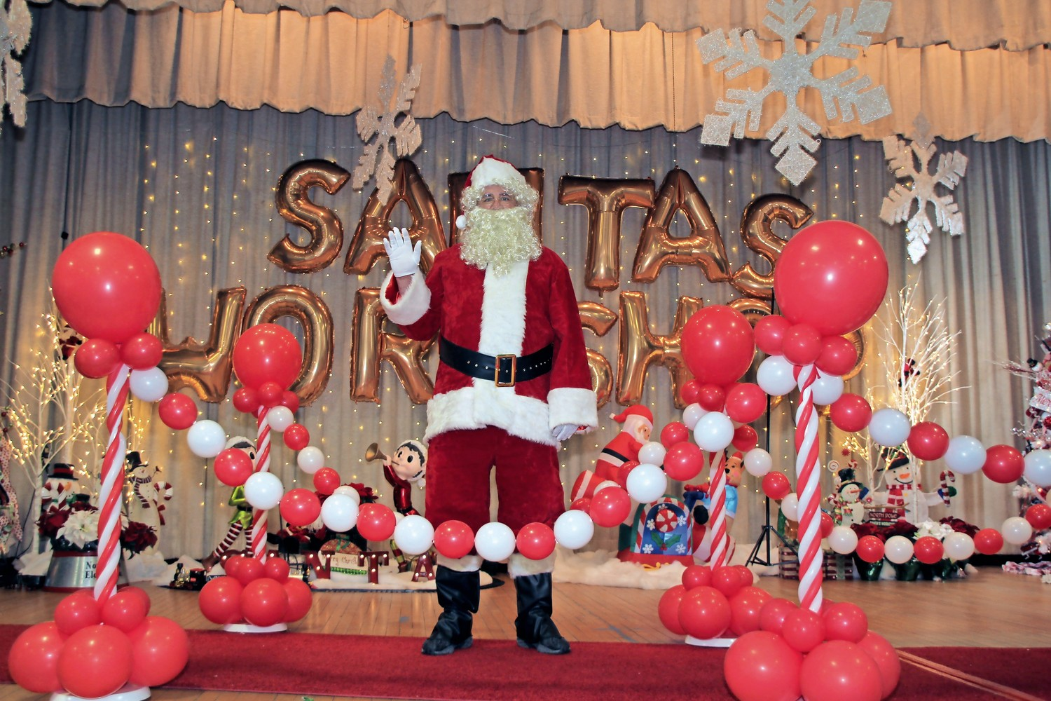 Santa, played by Kevin Bannett, paid a visit to the St. William the Abbot Catholic School Holiday Fair on Dec. 2.