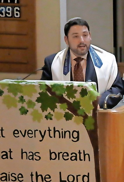 Rabbi Daniel Bar-Nahum of East Meadow's Temple Emanu-El delivered the homily.