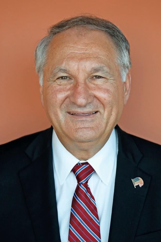 Nassau County Comptroller George Maragos released an audit last week that found violations with the county's concessions vendor.