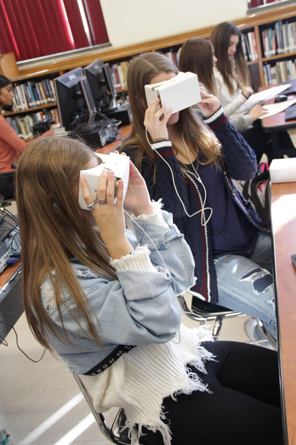 Students in Christine O'Neill's Spanish class at Mepham High School in North Bellmore used virtual-reality technology to tour Machu Picchu, in Peru, on Dec. 7.