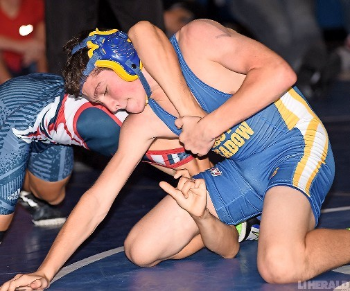East Meadow's Jack Coffey placed fourth in the season-opening Battle at the Beach Tournament to help the Jets to a strong third-place showing in the 16-team field.