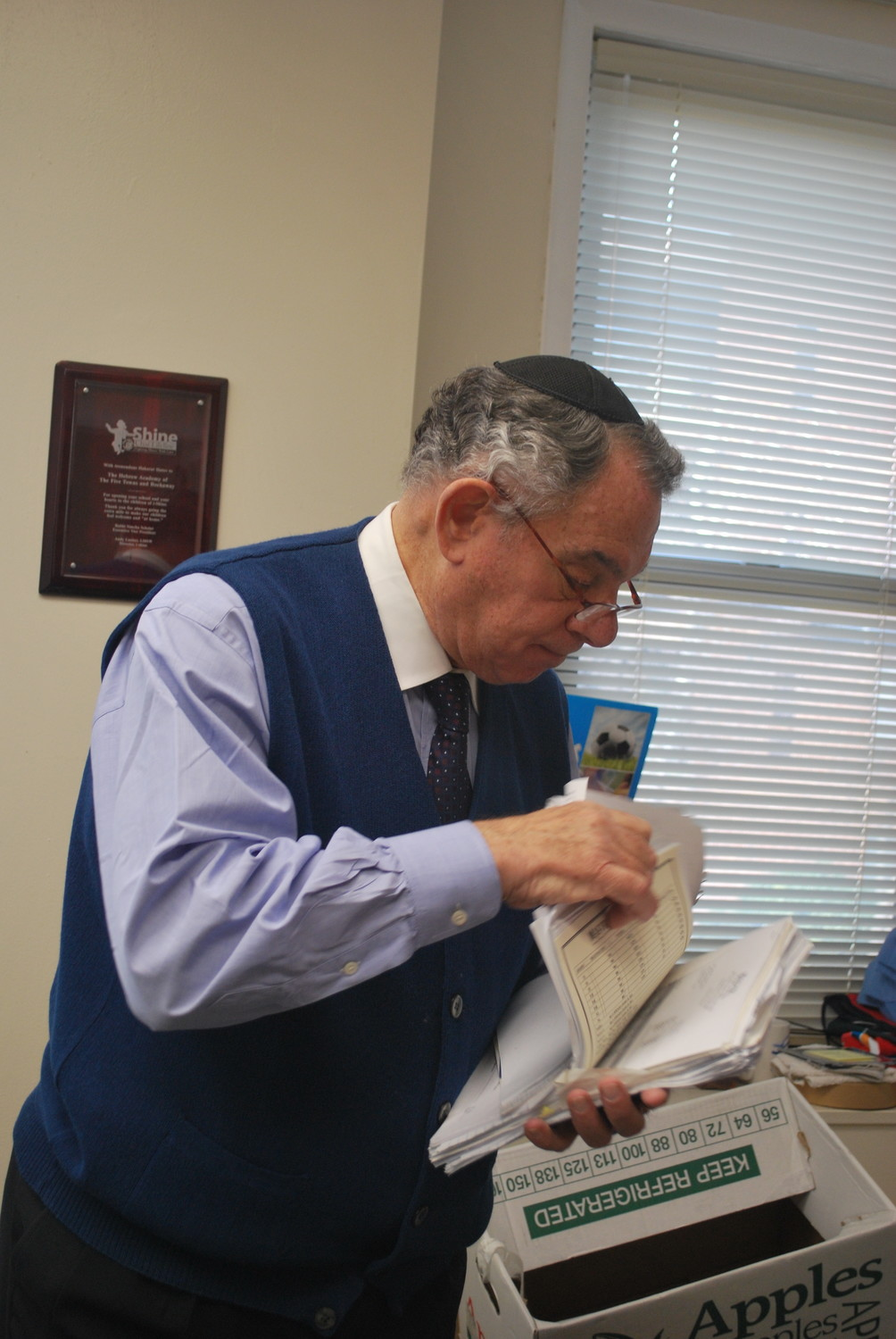 Two days before Reuben Maron retired as executive director of HAFTR on Dec. 31, he was busy cleaning out his office.