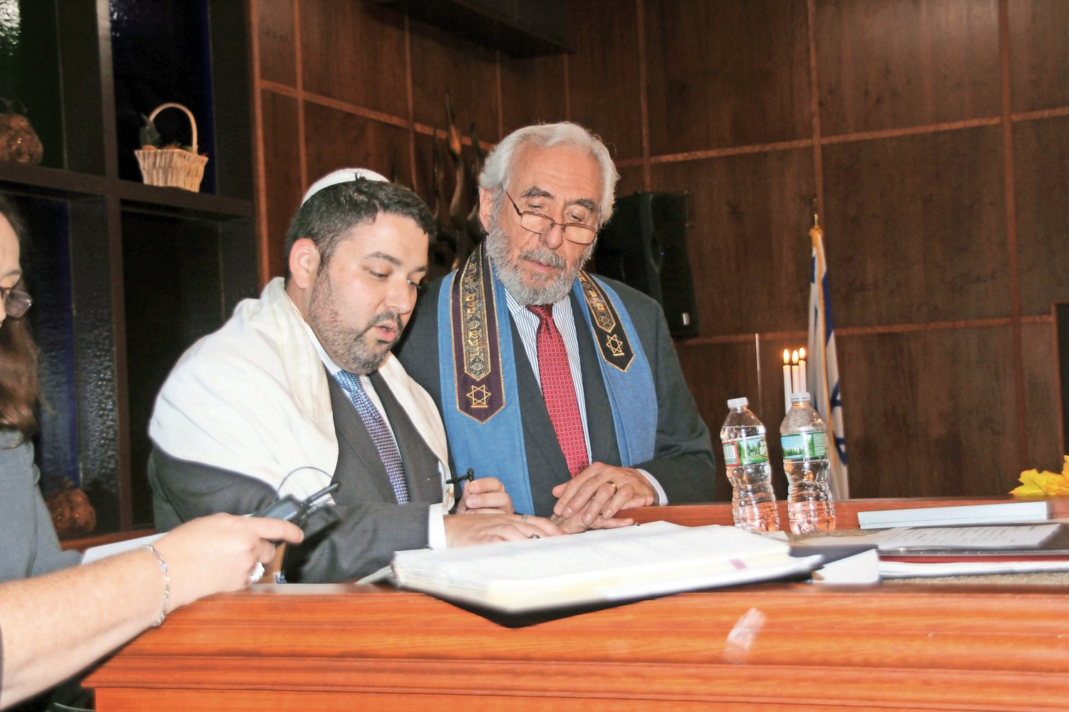Rabbi Daniel Bar-Nahum, of Temple Emanu-El of East Meadow, and Rabbi Howard Nacht, of Temple B'Nai Torah in Wantagh, led a joint Simchat Torah service last October.