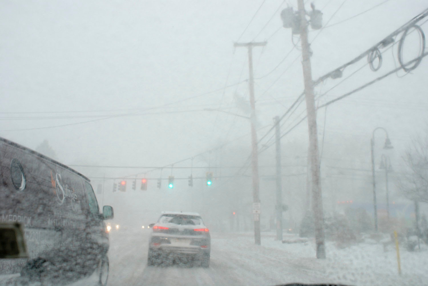 Traffic was slow-moving during the blizzard on Jan. 4 at the corner of Merrick Avenue and Hempstead Turnpike in East Meadow.