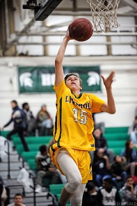 Junior John Donaldson hit for 23 points to lead Lynbrook to a 67-62 victory at Valley Stream North on Jan. 10 to snap a four-game road slide against the Spartans.