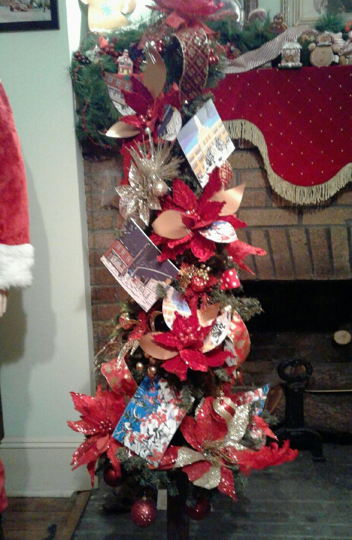 John Urgo used the cards to decorate a tree at the Pagan-Fletcher Memorial.