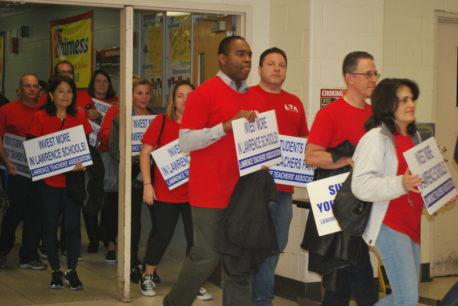 Lawrence School District teachers rallied for a new contract at the Nov. 6 Board of Education meeting.